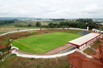 Estádio Pedro Alves será reinaugurado na quarta-feira; iluminação será...