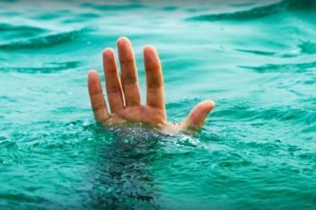 Homem tem mal súbito e morre afogado em piscina