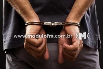 Traficante é preso com drogas no bairro Cruzeiro da Serra