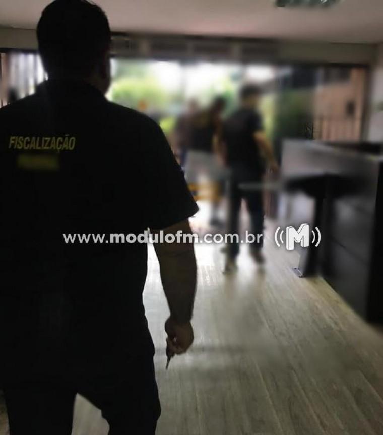 Personal trainer é flagrado com registro profissional falso em academia