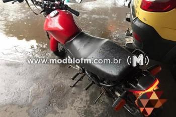 Homem é preso com motocicleta clonada em Patrocínio