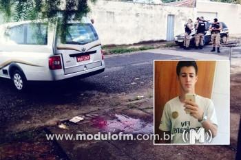 Jovem de 18 anos é executado com tiros na...
