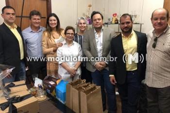 Ministra Tereza Cristina inaugura obra em Patos de Minas...