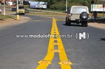 SESTRAN realiza manutenção de sinalizações do município