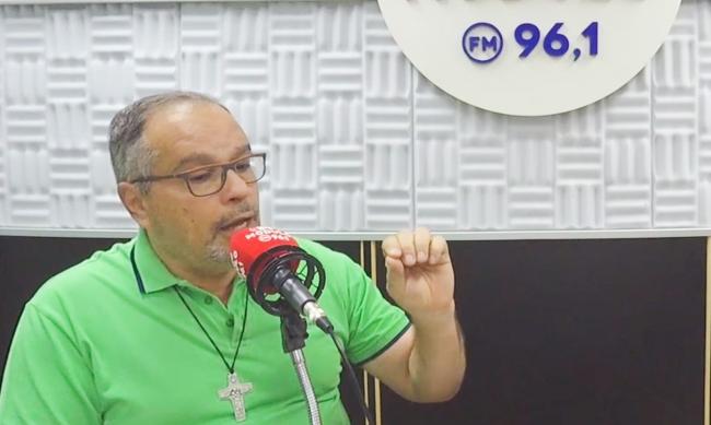 Frei Ederson Queiroz comenta sobre viagem a Curitiba e o fato de não celebrar missas em Patrocínio