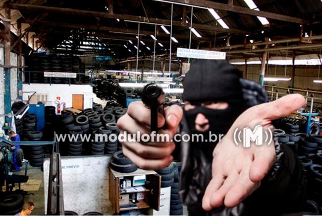 Empresa de Pneus é assaltada e bandidos levam mais de 16 mil reais