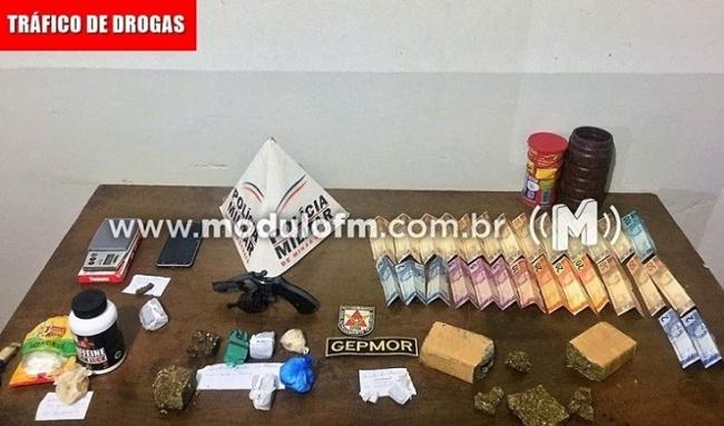 Após Denúncia PM prende traficantes e grande quantidade de drogas