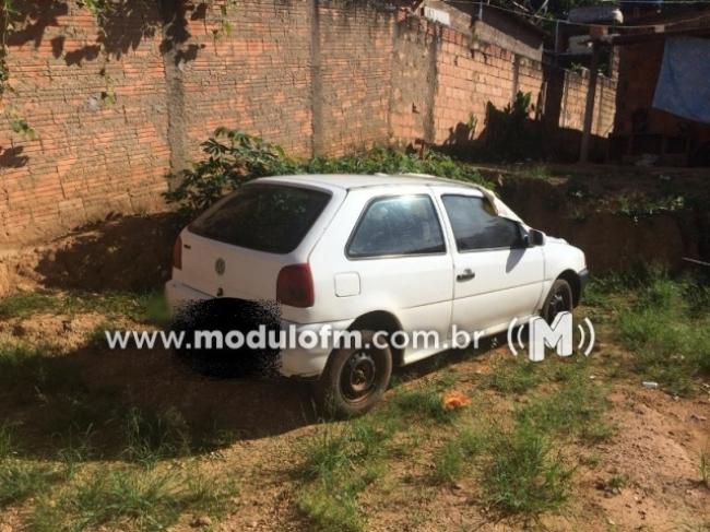 Através de denúncia anônima, PM recupera veículo furtado