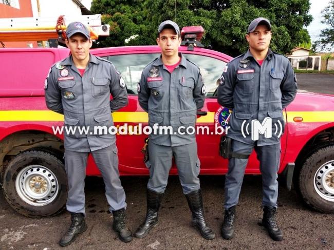 Bombeiros Militares de Patrocínio partem em missão a Brumadinho