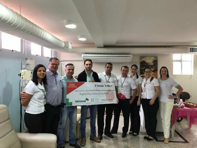 """Hospital do Câncer de Patrocínio recebe nono repasse da campanha """"Doar É Compartilhar Felicidade"""" da Farmácia Nacional"""