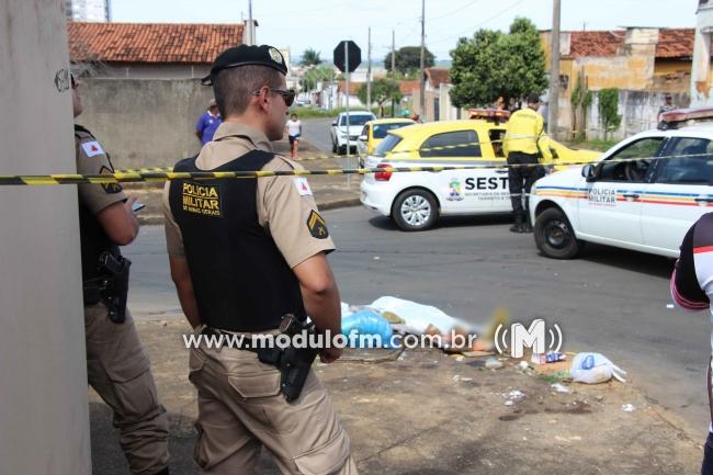 Carreta atropela e mata pedestre em Patrocínio