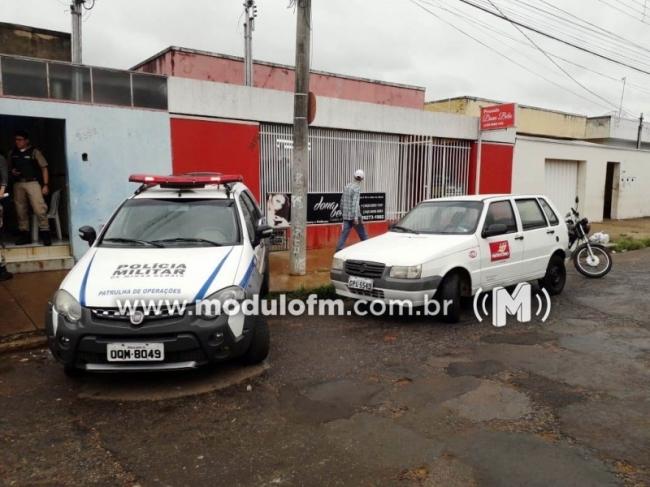 Polícia Militar e fiscais da Prefeitura fecham pousadas irregulares, próximo a rodoviária de Patrocínio