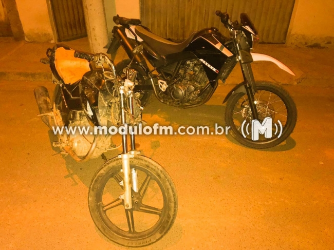 Motociclista foge da PM e acaba preso suspeito por tráfico de drogas e com motos furtadas do pátio do Detran