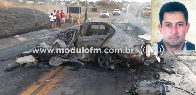 Homem morre carbonizado após grave acidente na BR-365 em...