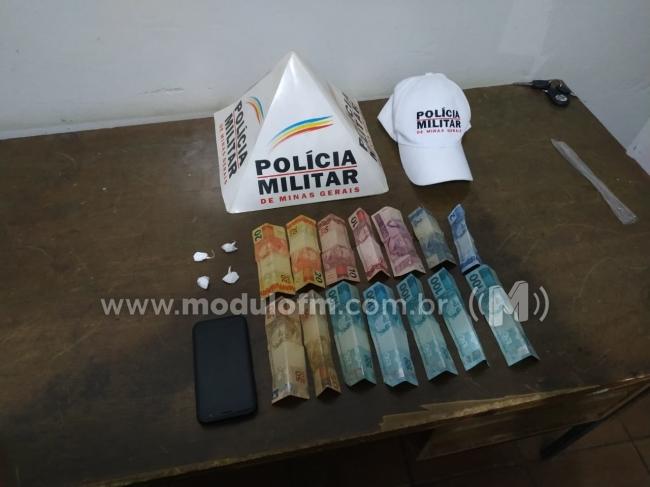 Motociclista é preso com drogas na MG 190