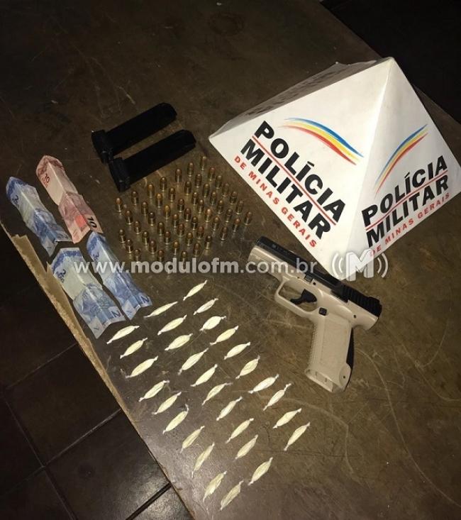 Polícia encontra munições e drogas em residência no bairro Serra Negra