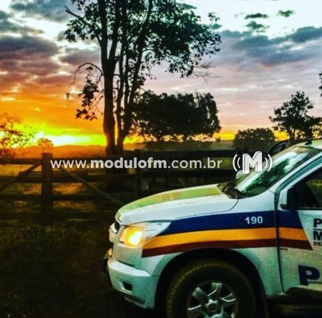 Ladrões invadem fazenda roubam diversos bens e uma caminhonete