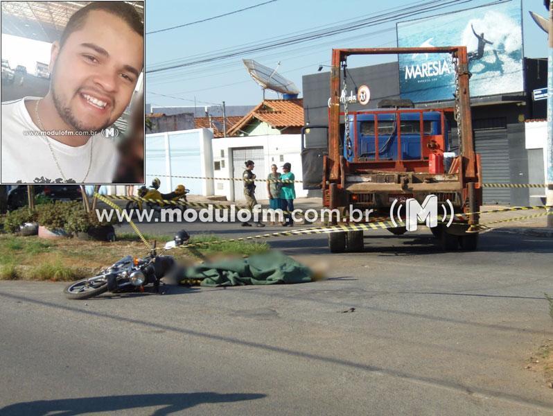 Veja o vídeo: Motociclista morre após colisão com caminhão