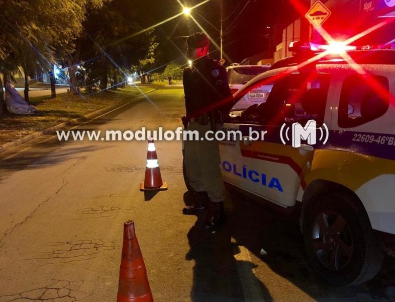 Motorista embriagado é flagrado ''cantando pneus'' em Patrocínio