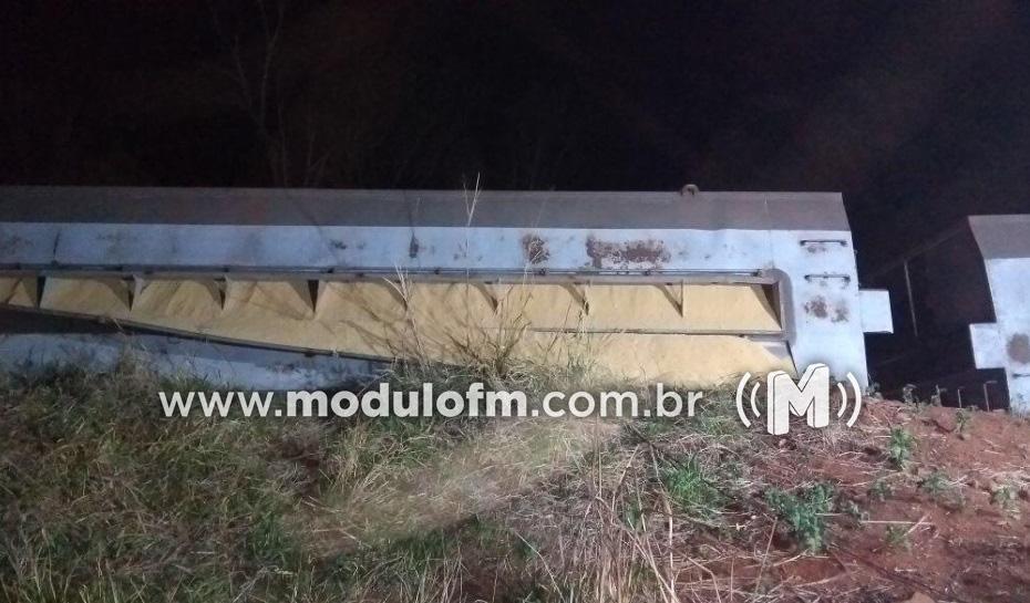 Nove pessoas são presas por furtar 100 sacos de soja vazados de vagão de trem