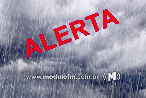 Defesa Civil divulga alerta de chuva intensa para 79 cidades de Minas Gerais