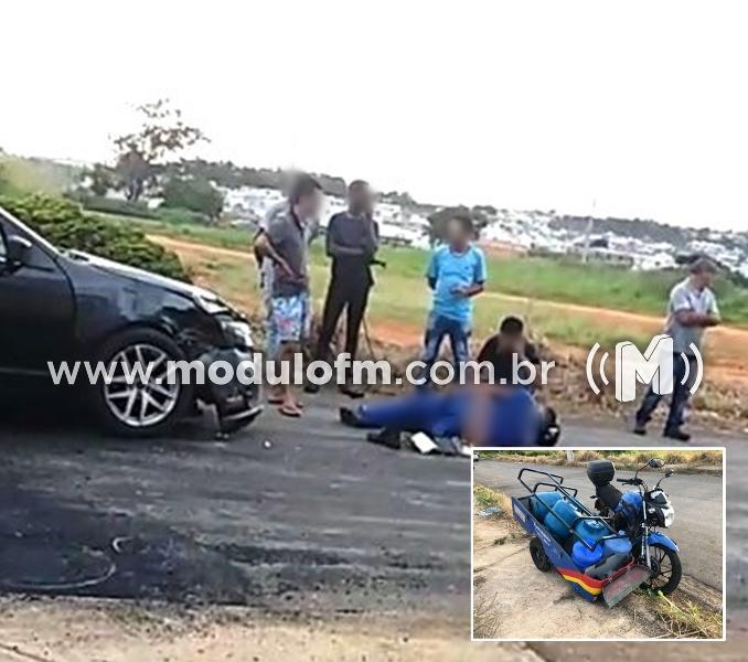 Motorista avança parada obrigatória e bate em motociclista no bairro Serra Negra