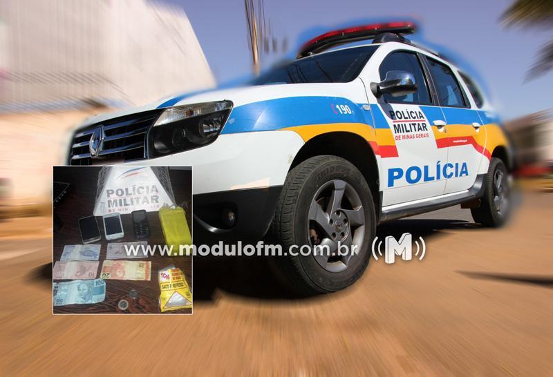 Polícia cumpre mandado de prisão e apreende drogas em Coromandel