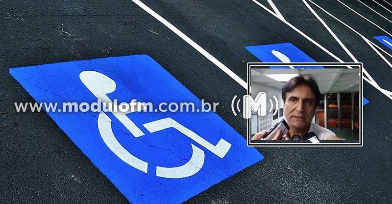 Secretário pede respeito às sinalizações destinadas à pessoas com...