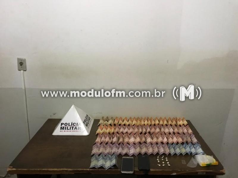 Três homens são presos suspeitos de traficar drogas em residência no bairro São Benedito