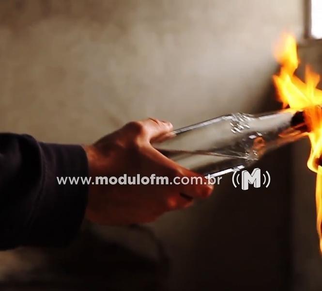 Coquetel Molotov é arremessado contra residência na intenção de matar ex-presidiário