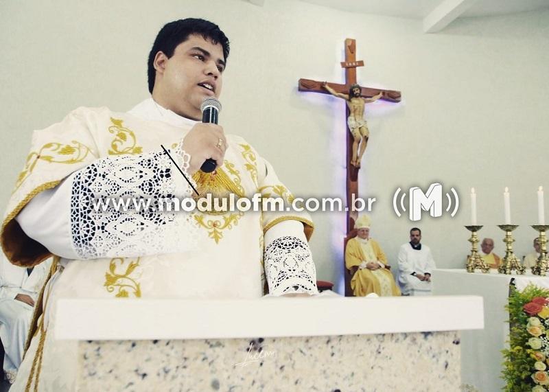Diácono Victor Lucas será ordenado sacerdote em Maio