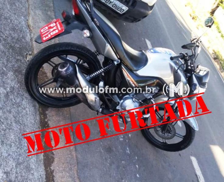 Moto é furtada em Patrocínio