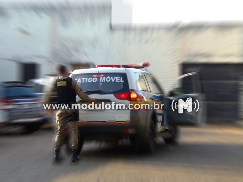 Mulher é presa com celulares e droga que seriam levados para penitenciária de Patrocínio