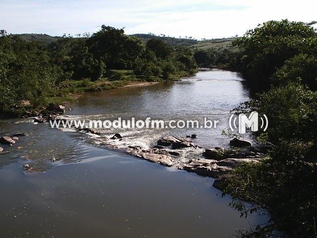 Comitê de Bacias Hidrográficas convoca usuários de água da Bacia do Rio Dourados para cadastramento