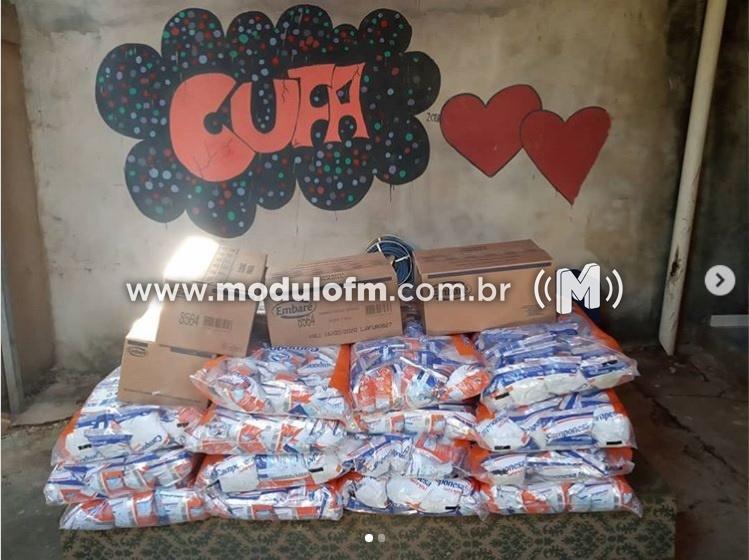 Cufa Patrocínio recebe doação de leites da empresa Embaré