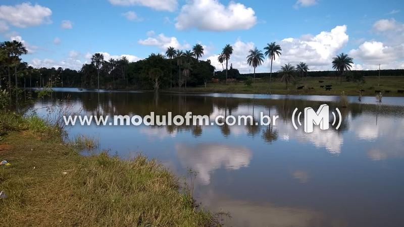 Monte CarmeloHomem morre afogado após ingerir bebida alcoólica e entrar em lago