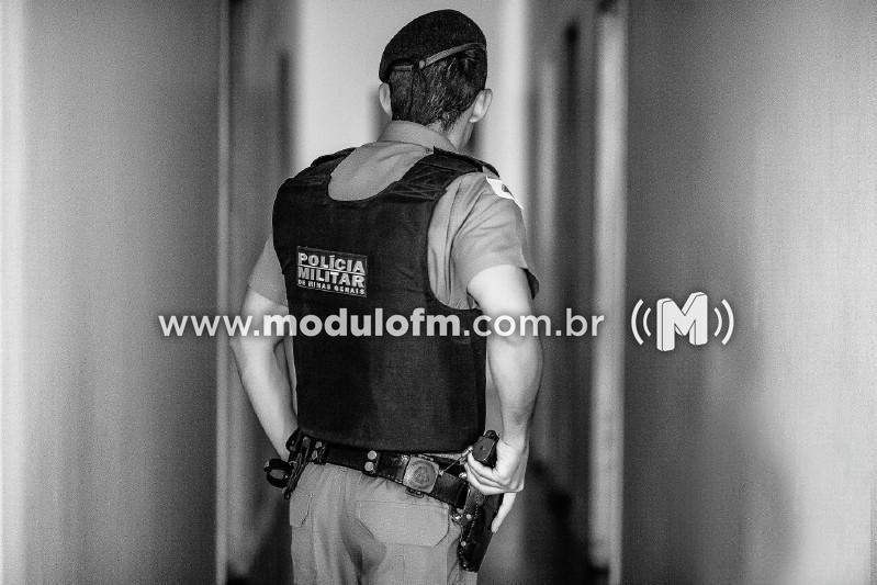 Suspeito de tráfico de drogas é baleado após apontar arma para militares em Serra do Salitre