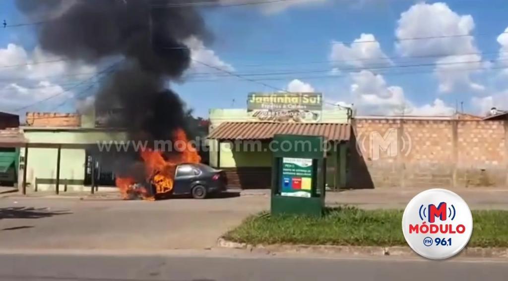 Veja o vídeo: Padrasto tem ataque de fúria, agride enteada e coloca fogo em veículo