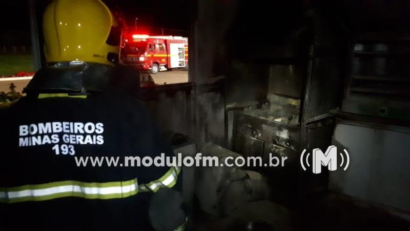 Incêndio na indústria Bem Brasil Alimentos assusta trabalhadores em Perdizes