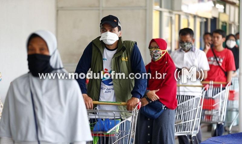 Secretário de Saúde reforça necessidade de uso da máscara no comércio local