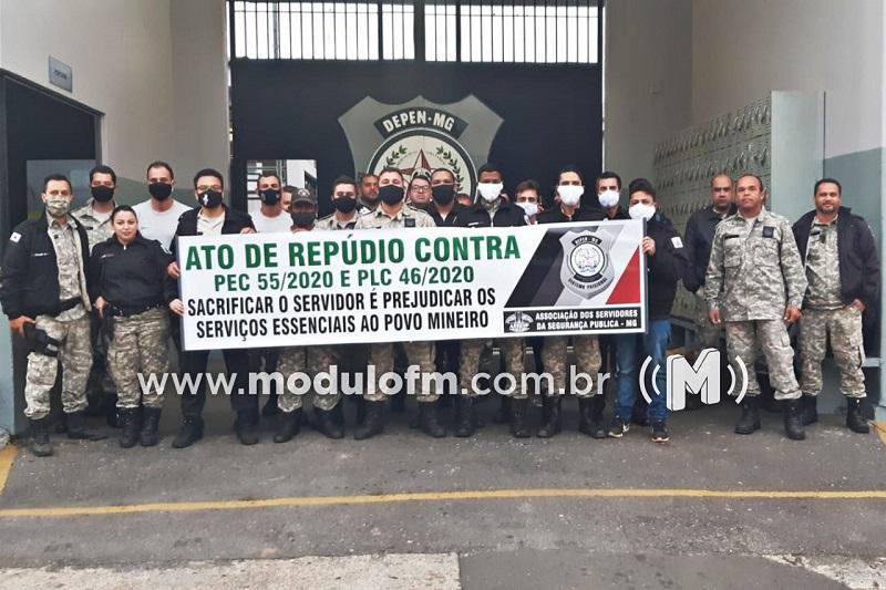 Policiais penais manifestam contra reforma da previdência de Minas Gerais