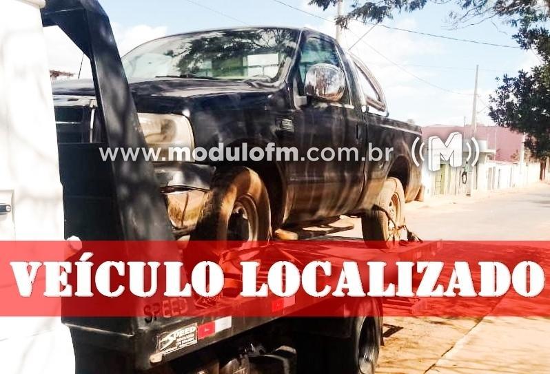 Dois homens são presos e veículo furtado em Patrocínio é recuperado em Iraí de Minas