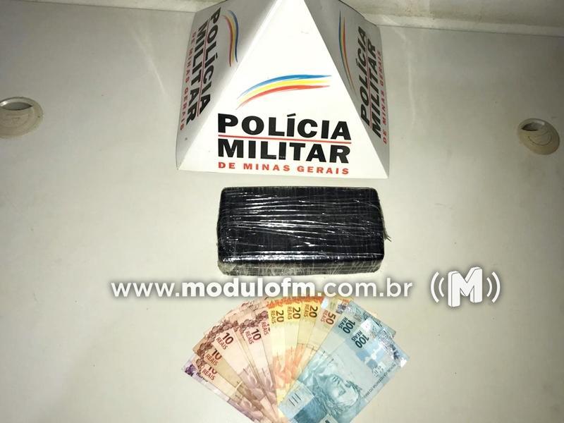 PM intercepta veículo carregado de drogas no distrito de...