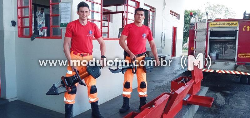 Corpo de Bombeiros de Patrocínio recebe novos equipamentos para uso em resgates nas rodovias