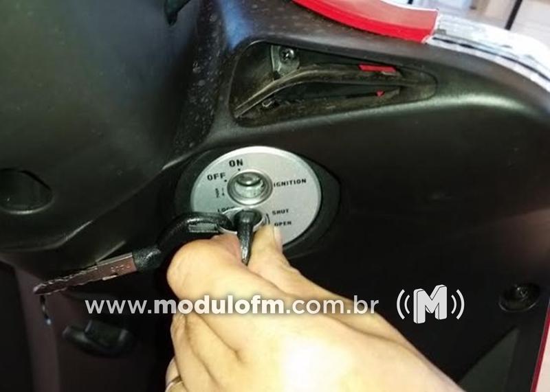 Homem deixa chave na ignição e tem moto furtada em Cruzeiro da Fortaleza