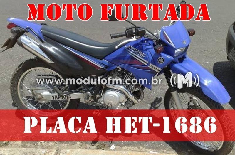 Moto é furtada em frente ao hospital Santa Casa