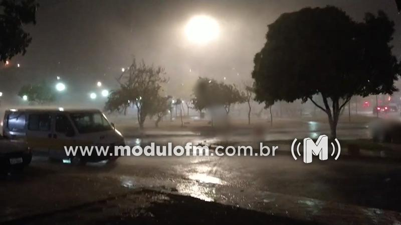 Corpo de Bombeiros alerta para cuidados em período de chuvas