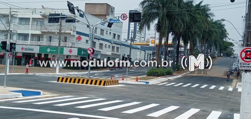 Novos semáforos aguardam ajustes e ligação de energia para entrar em funcionamento