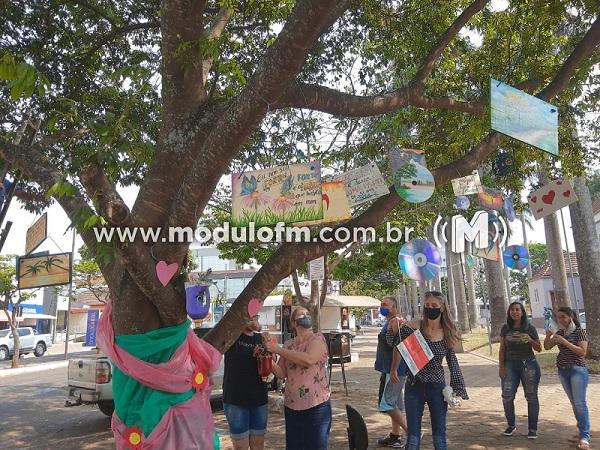 """Projeto """"Árvore da Esperança"""" divulga mensagens de otimismo feitas por artistas plásticos de Patrocínio"""