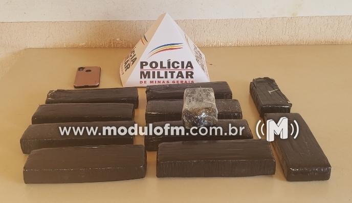 Abordagem policial apreende grande quantidade de drogas na MG-190